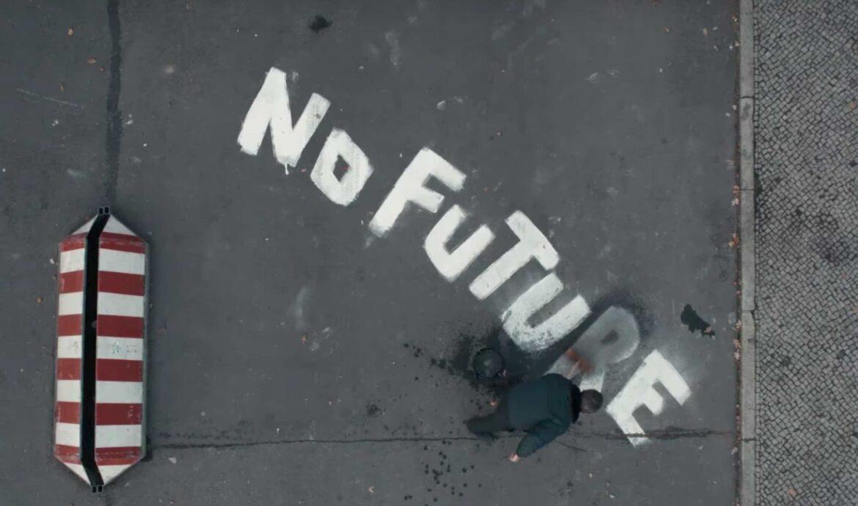 Felicità a momenti, futuro incerto